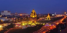 The-beauty-of-Phnom-Penh-at-night.jpg